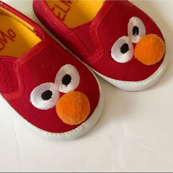 e2e948c74fe40 NWT Sesame Street Elmo Shoes Baby 3-6 months NWT